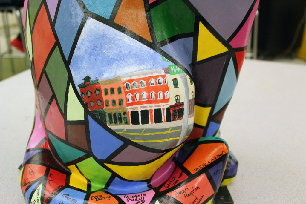 painted cat showing downtown Catskill scene