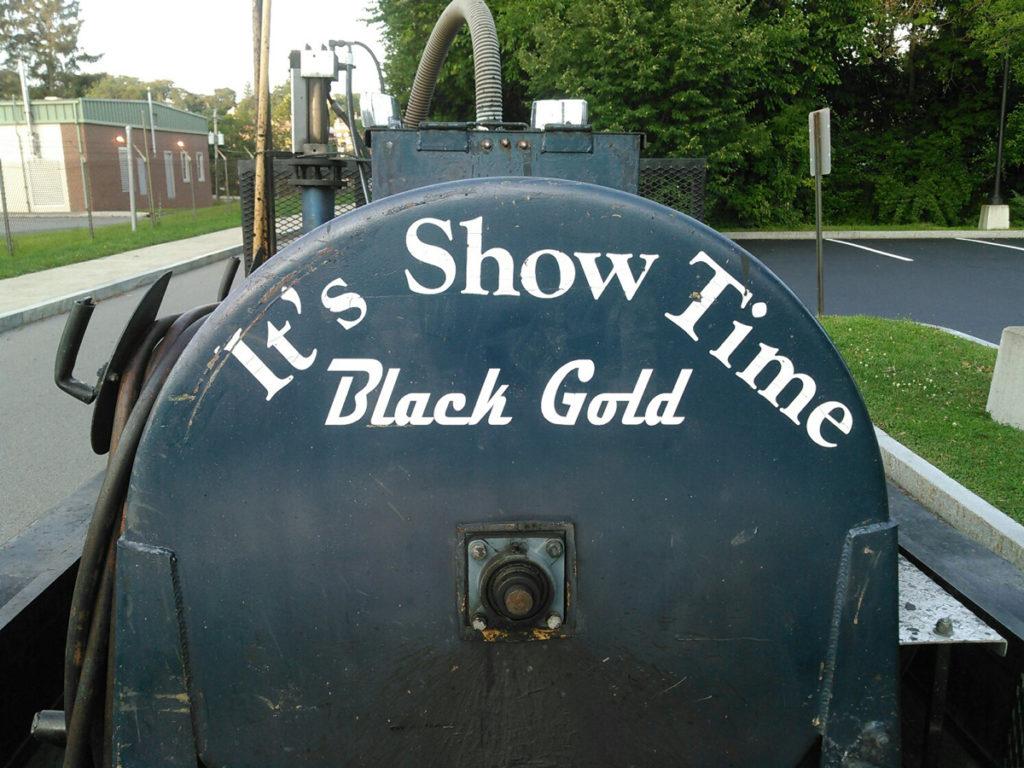 It's Show Time sealant tanker