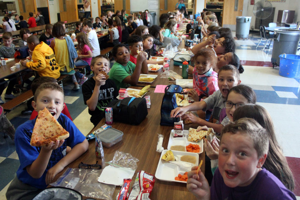 elementary school lunch room