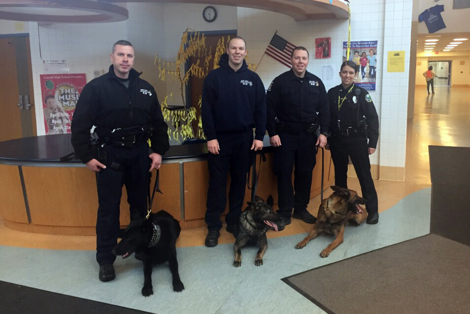 State Police and Catskill Police K9 officers and thier dogs