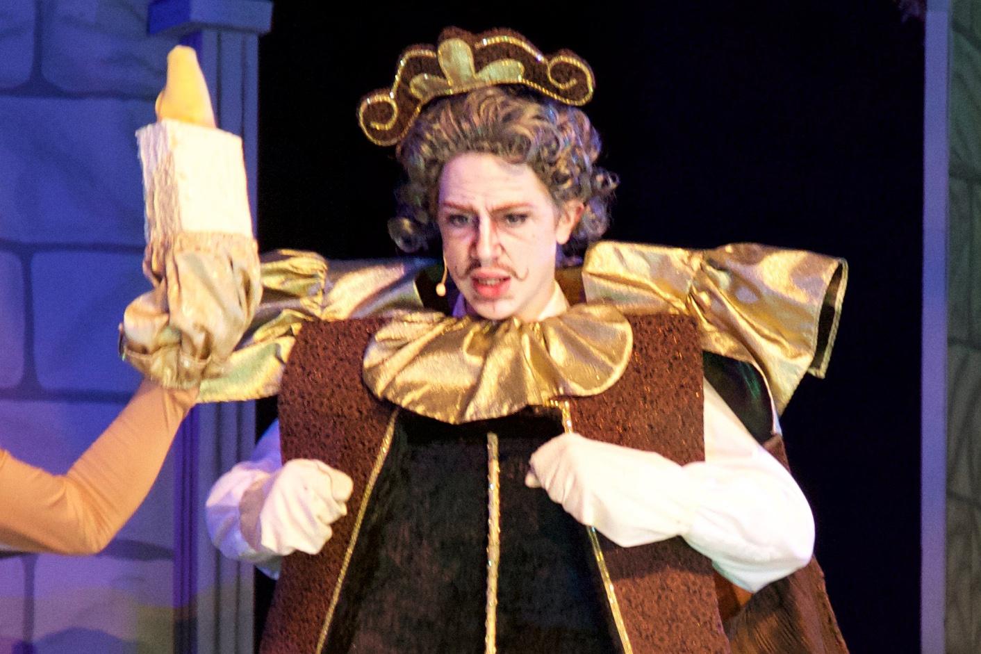 Elisha Clause as Cogsworth