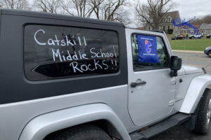 jeep decorated with Catskill Middle School Rocks!